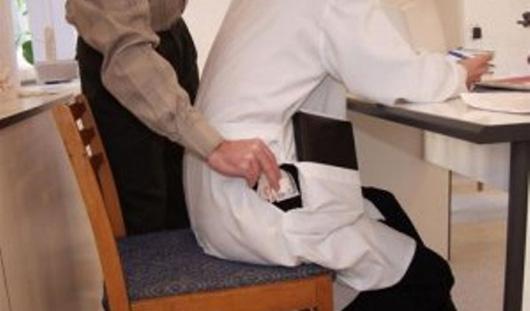 Ижевчанина оштрафовали на 450 тысяч рублей за взятку наркологу
