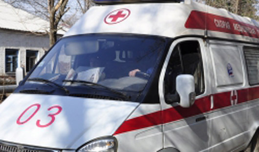 В Ижевске под колеса малолитражки попал пешеход
