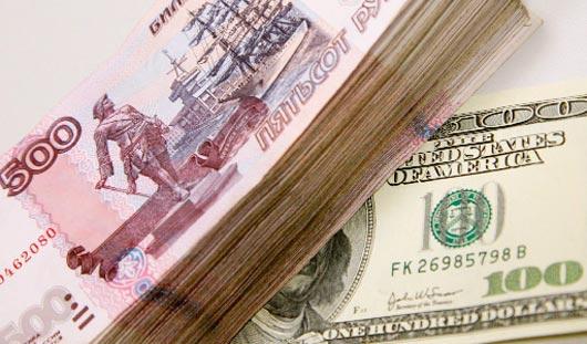 Жители Удмуртии стали чаще делать сбережения в валюте