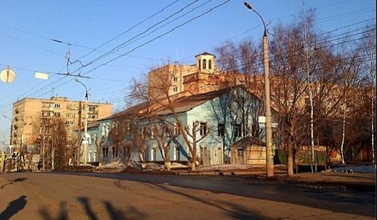 Пожар из-за окурка и рейд по дорогам: о чем говорят в Ижевске этим утром