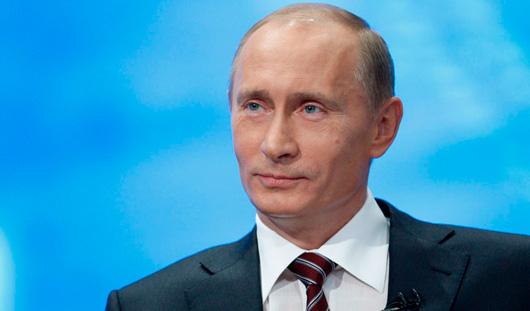 Президент России в 3 раза поднял зарплату себе и премьер-министру