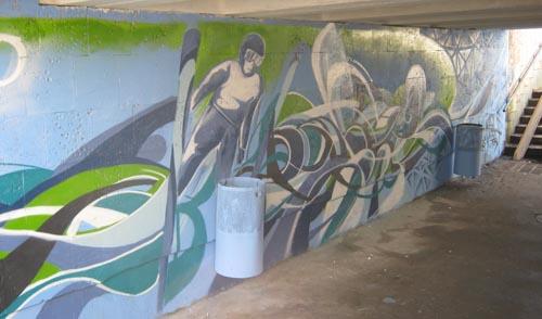 В Ижевске заканчивают разрисовывать подземный переход