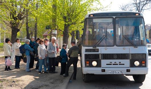 С 1 мая пенсионеры Удмуртии могут доехать до огородов за полцены