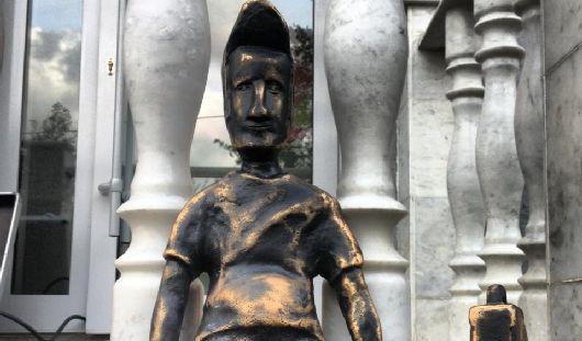 Видеонаблюдение установят около украденной скульптуры Туриста в Ижевске