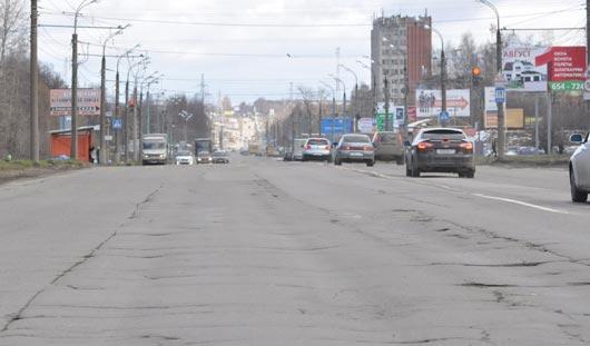 Разбитый участок дороги на Воткинском шоссе в Ижевске могут закрыть