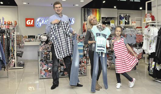 В Gloria Jeans в «Сигме» скидки до 70%