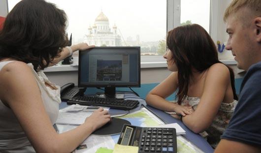 В Ижевске директор турфирмы обманула клиента на 100 тысяч рублей