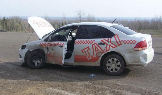 Две иномарки из Удмуртии попали в аварию в Татарстане
