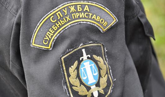 Житель Удмуртии не смог улететь из России из-за 200-тысячного долга по алиментам