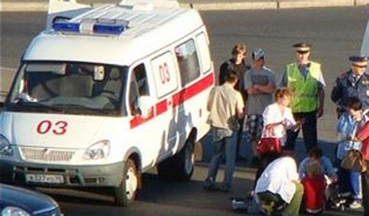 В Ижевске под колеса легковушки попала девушка