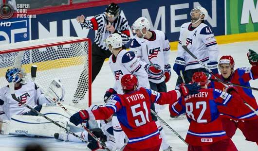 Сборная США повержена командой России со счетом 6:1 на ЧМ по хоккею