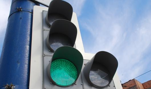 В Ижевске отключили светофор на перекрестке улиц Телегина и Четырнадцатой