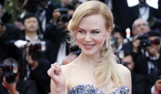 Звезды кино продемонстрировали свои наряды на  «красной дорожке» 67-й кинофестиваля в Каннах