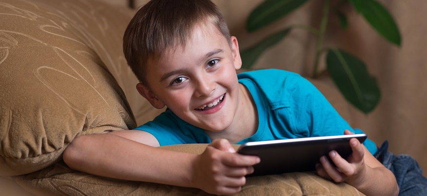 Каждый второй ижевчанин считает, что лучший подарок для ребенка – развивающая игра