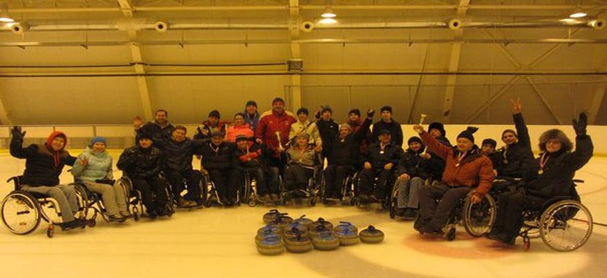 В Ижевске прошёл Открытый «Рождественский турнир» по керлингу и баскетболу среди инвалидов-колясочников