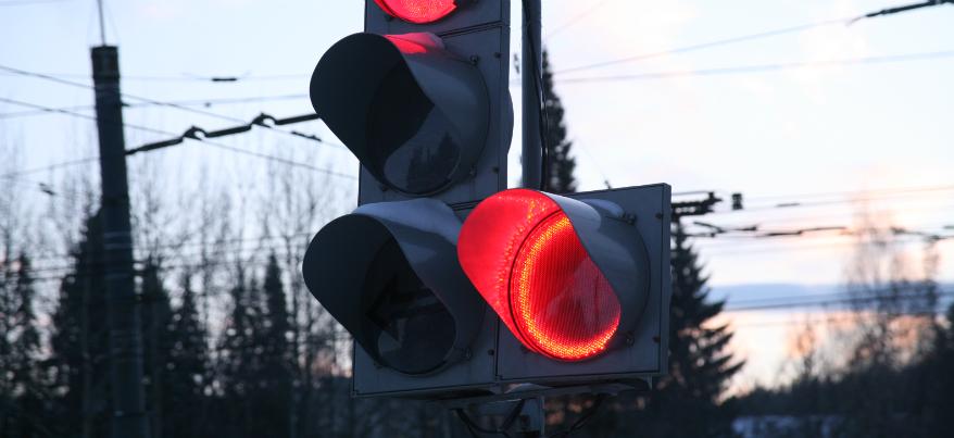 Ижевские светофоры оснастят дополнительным красным контуром