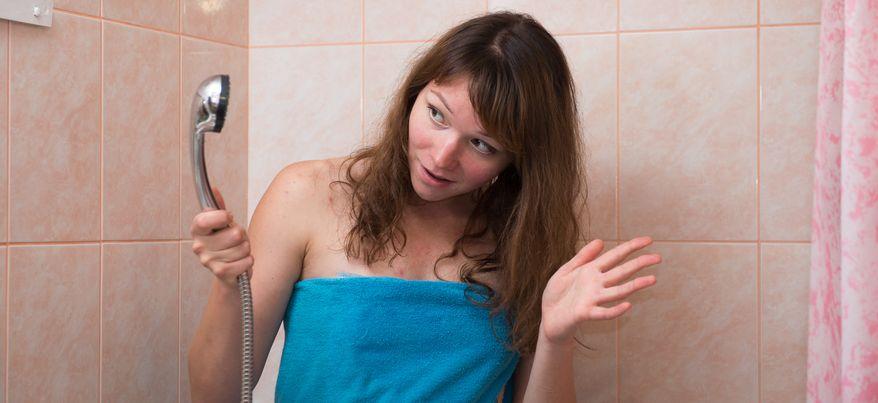 Есть вопрос: безопасно ли мыться «ржавой» водой из-под крана?