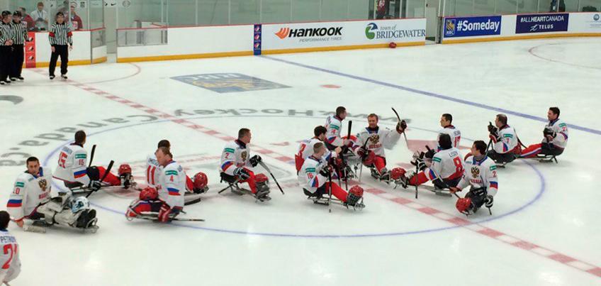 Следж-хоккеисты Удмуртии провели первый матч в составе сборной России на международном турнире в Канаде
