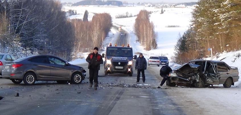 Самые распространенные ДТП 2015 года: В Ижевске стало меньше пьяных за рулем, но больше аварий из-за состояния дорог