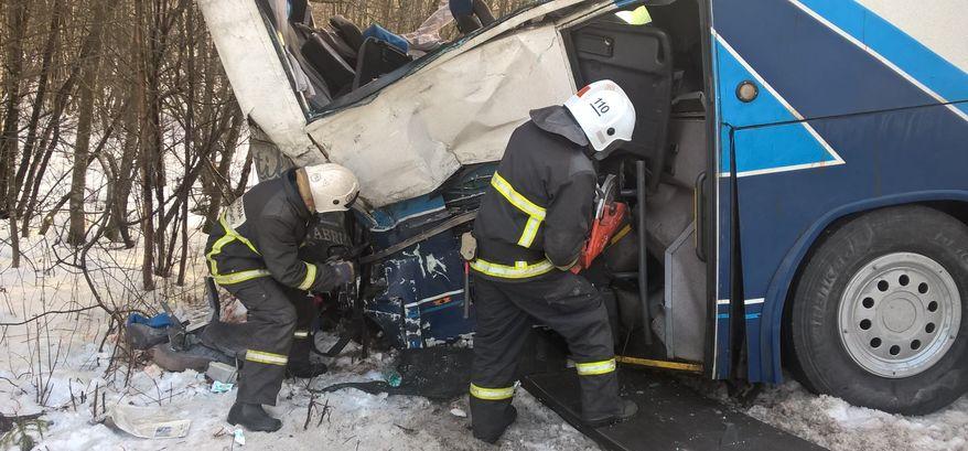 ДТП с пассажирским автобусов под Выборгом, где пострадала жительница Удмуртии, могло произойти из-за превышения скорости