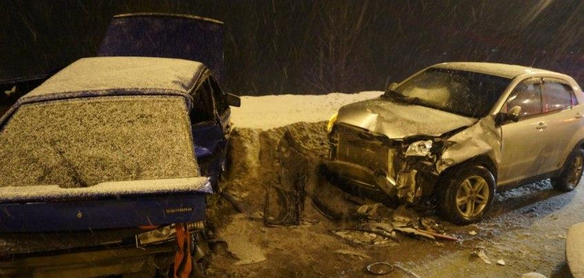 В ДТП на набережной Ижевска пострадали три человека