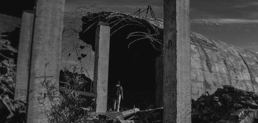 Инстаграм недели: ижевский экстремал фотографирует заброшенные здания и вид города с крыш
