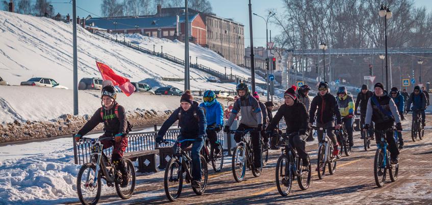 В Ижевске прошел первый зимний велопарад