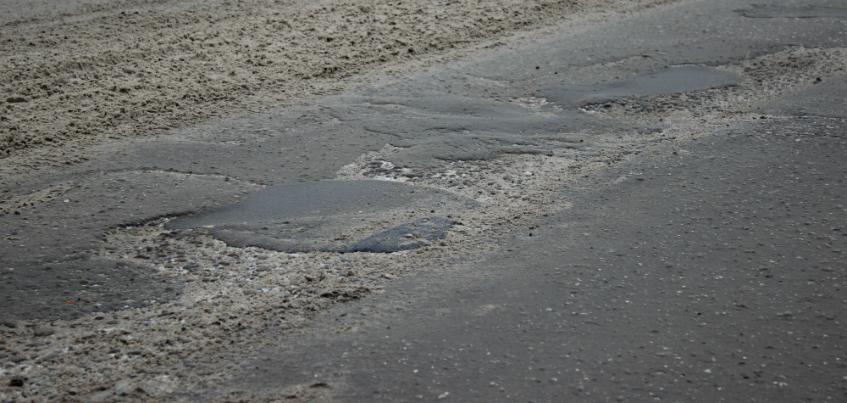 В Ижевске каждая пятая из отремонтированных в 2015 году дорог не пережила зиму