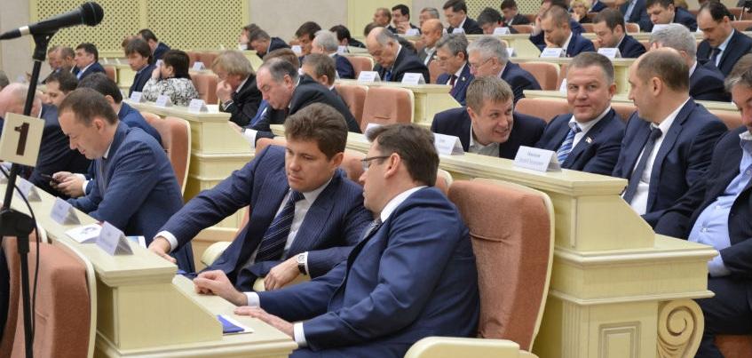 «Дело судей» переросло в разговор о партийной дисциплине в Госсовете Удмуртии
