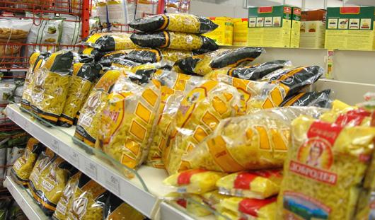 Почему товары в России стоят так дорого?
