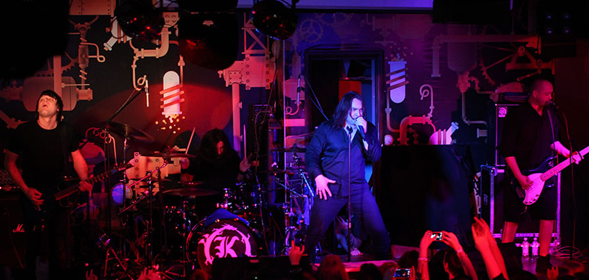 Басист рок-группы «Кукрыниксы» сделал в Ижевске тату