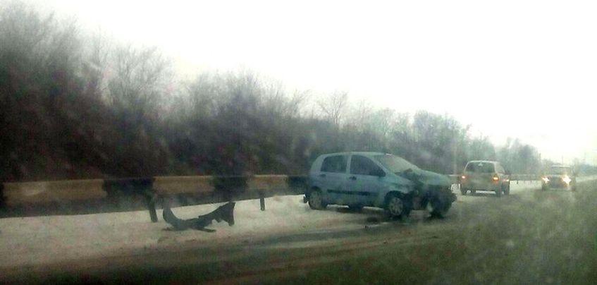 6 марта в Удмуртии произошло 6 столкновений авто и 4 съезда с дороги