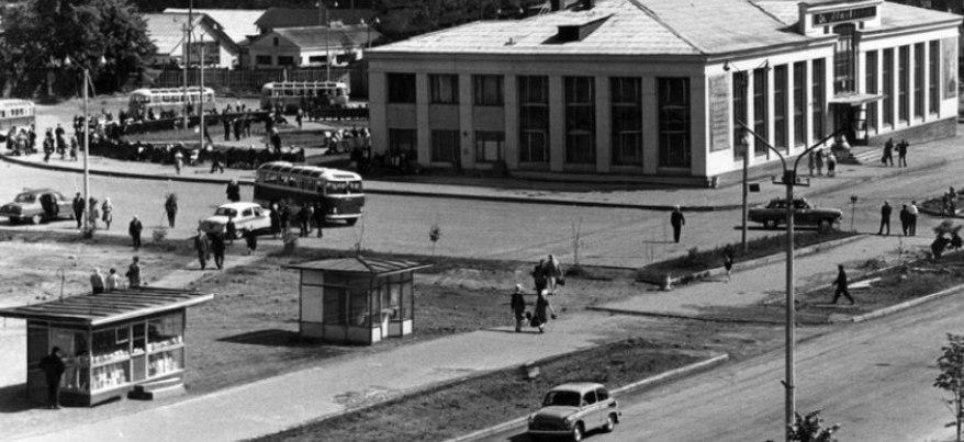 Дворец труда и театр Красной армии: каким видели будущее улицы Красноармейской архитекторы 1920-х годов?
