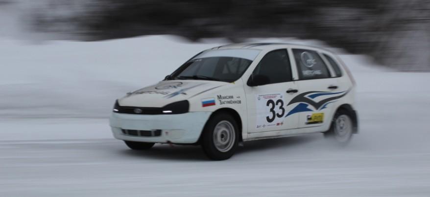 В Ижевске прошли 3 финала зимних трековых автогонок