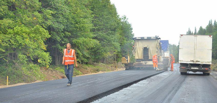 Строительство дороги на границе Удмуртии и Кировской области завершится этим летом