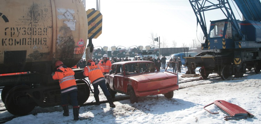 Фоторепортаж: в Ижевске прошли учения по ликвидации последствий аварии на железной дороге