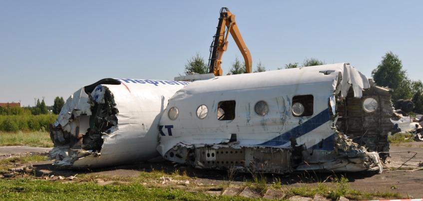 В Удмуртии мужчина распилил свой самолет, чтобы его не забрали судебные приставы