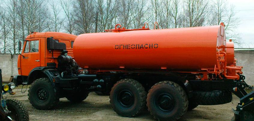 В Удмуртии перевернулась цистерна с дизельным топливом