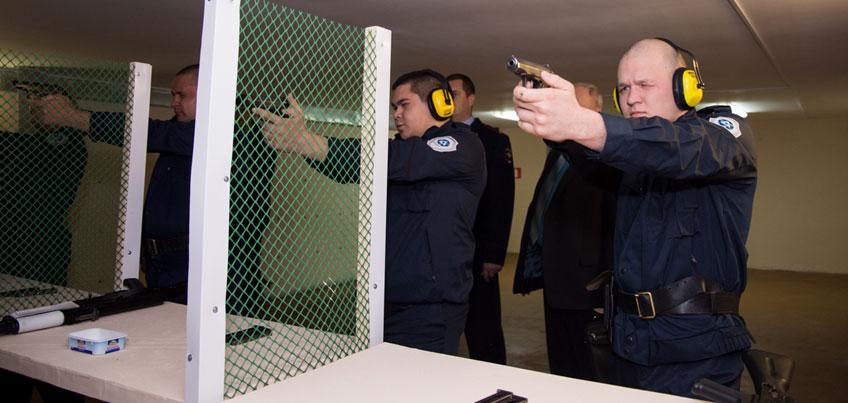 Граждане, проживающие в северных районах Удмуртии, могут пройти обучение на частного охранника
