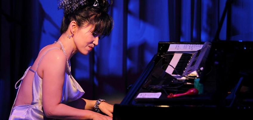 В Ижевске прославленная японская пианистка Кейко Мацуи сыграет на рояле Steinway
