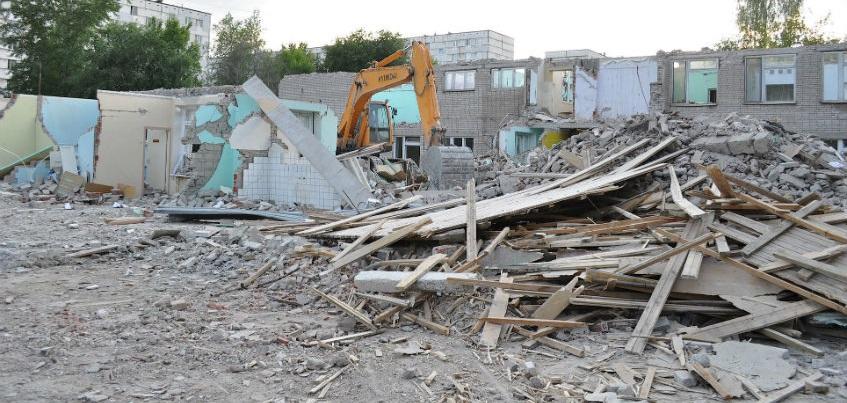 Выполнение программы расселения из ветхого жилья в Удмуртии осложняет кризис