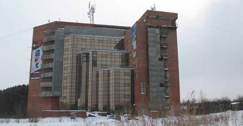 В Ижевске открылся бизнес-центр на пересечении улиц Автозаводская и 10 лет Октября, до этого пустующий много лет
