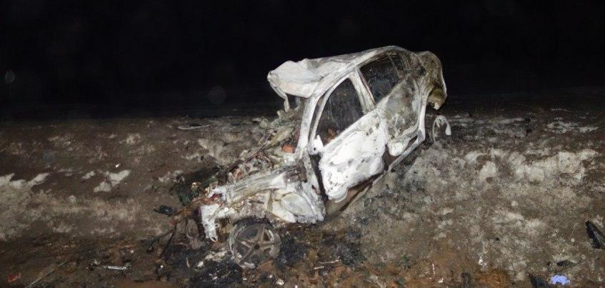 В Удмуртии в загоревшейся из-за ДТП машине погиб водитель