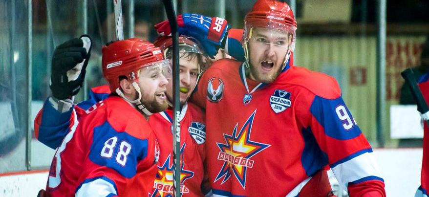 Ижевские хоккеисты в четвертой игре полуфинала обыграли ТХК
