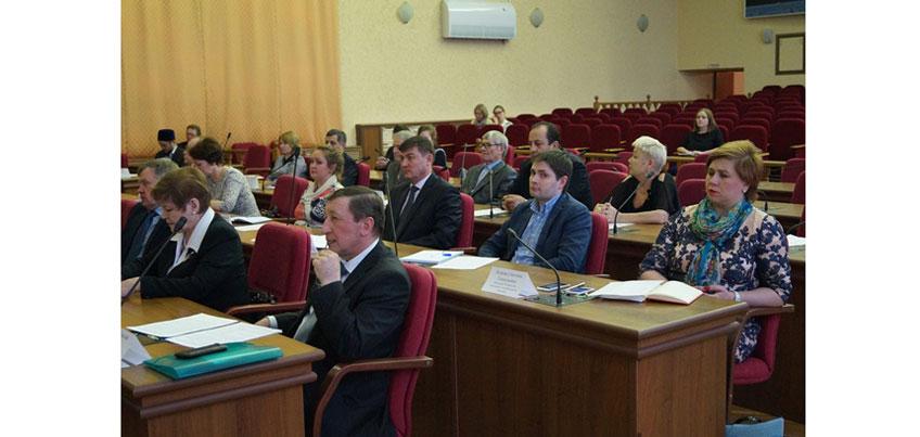 Глава Ижевска провел заседание Консультационного совета по межнациональным отношениям