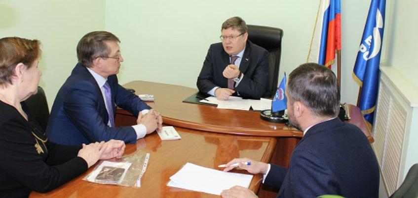 Вице-спикер Госдумы РФ Андрей Исаев провел прием граждан в Ижевске