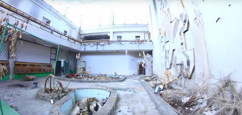 Ижевчанин снял видео о заброшенном Доме Природы