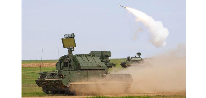 Зенитно-ракетный комплекс «Тор», выпускаемый в Ижевске, будет стрелять с моря и в движении