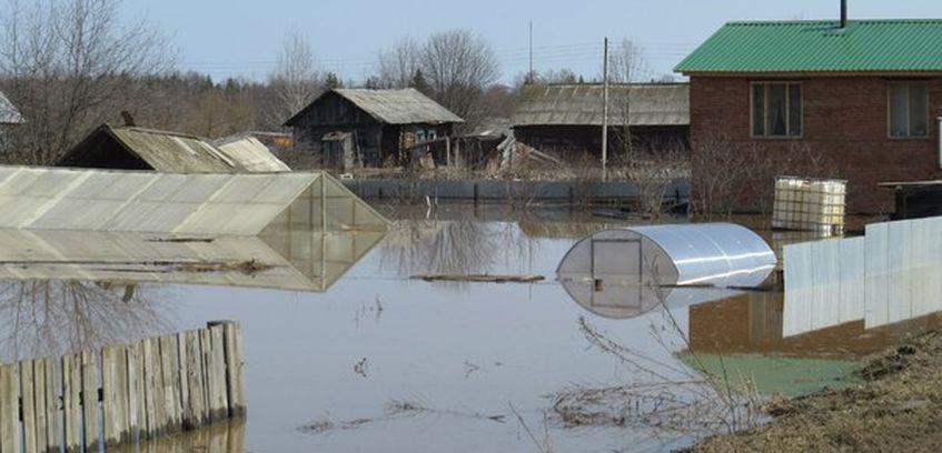 Уровень воды в реке Чепца в Удмуртии начал спадать