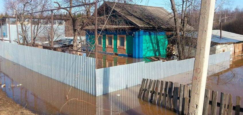 Спасатели Удмуртии выехали в Игру для предотвращения подтопления